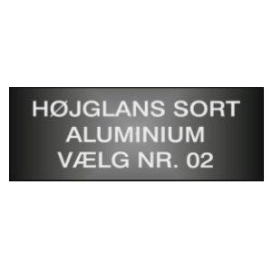 Sort højglans aluminiumsskilt på mål